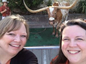 4/21/2014: Posing with his fans at the Texas Strong Tour visit to Joe T's, Fort Worth